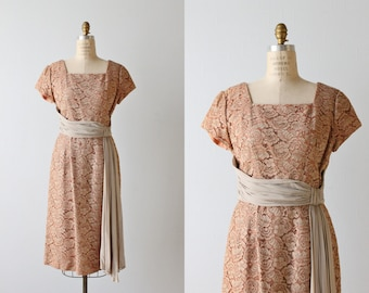 1960s Dress / Lace Dress / 60s Dress / Mocha Lace Wiggle Dress / Coffee