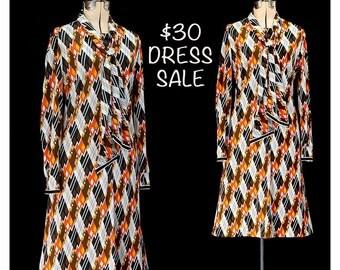 SALE! Vintage 80s Geometric Plaid Dress