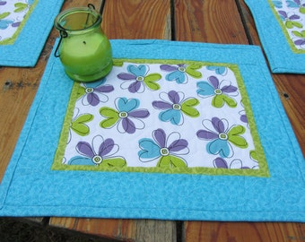 Quilted Modern Floral Placemats , Turquoise Green Purple Placemats , Summer Floral Place Mats , Set of 4 Placemats