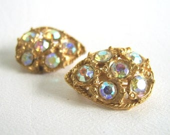 Vintage Aurora Borealis Rhinestone Teardrop Gold Brooch Set Scatter Pins
