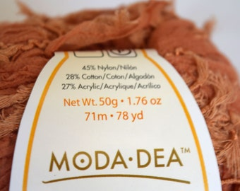 deSTASH Moda-dea Curious Orange Clay novelty knitting yarn