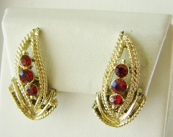 Vintage 60's  gold leaf cocktail earrings with red rhinestones (B12)