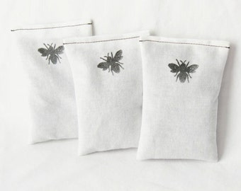 Lavender Dryer Bags, Eco Friendly Organic Laundry Sachets, Honey Bee, Moth Repellent Quilt Storage
