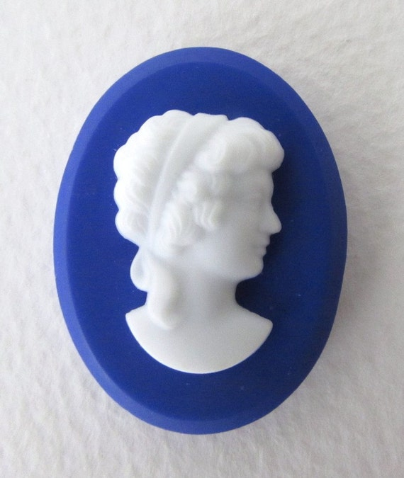 Vintage Cameo Glass Cabochon Blue White Woman Profile Lady
