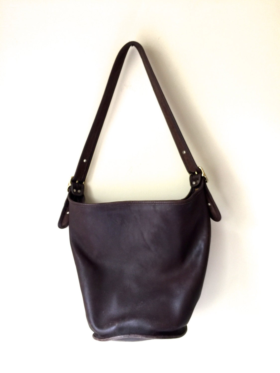 148652cf37ff Vintage Dark Brown Leather Coach Purse | Stanford Center for ...
