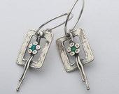 Silver set opals earrings / flower earrings for women / dangle floral silver earrings / earrings etsy