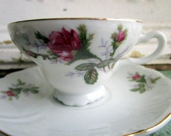 Vintage  Teacup and Saucer Shabby Pink Roses ose Buds Gold gilt