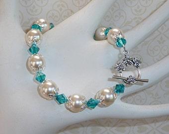 Turquoise Crystals and White Swarovski Pearls Bracelet - B1707