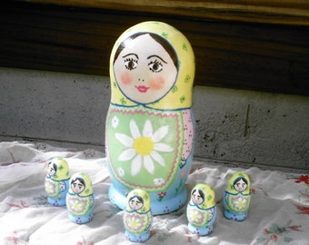 Traditional matryoshka 6 piece doll floral ooak hand-painted