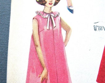 ON SALE  Early 60s Uncut Vintage Advance 3042 Dress Sewing Pattern Bust 38
