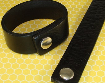 6 Black Leather Bracelets to Stud or Decorate or Wear as is - 1 Inch Wide Black Leather Cuffs Adjustable with Snaps Jewelry Supplies