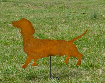 Dachshund garden stake - Dachshund outdoor home decor - Rusted metal Dachshund - Wiener Dog metal garden stake - Wiener dog on a stick