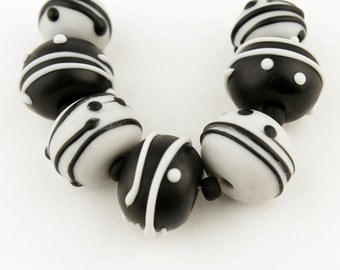 Lampwork Glass Beads Set, SRA Grey Etched Matte Black and Gray 'Raven'
