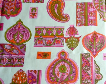 Vintage Fabric - Mod Pink Orange and Green Paisley - 44 x 40