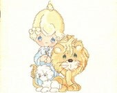 Precious Moments Peace on Earth Lamb Lion Warm 3 Kings Stockings Sleds Christmas Counted Cross Stitch Embroidery Craft Pattern Leaflet PM-4
