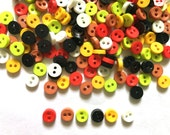 100 pcs Tiny Button micro button 2 holes for sewing crafts findings size 6mm mix pastel color