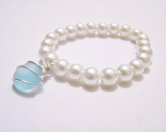 Stretch White Glass Pearl Bracelet With Light Aqua Blue Sea Glass Stone - One Size - Bridal jewelry - bridesmaids - weddings - beach - ocean