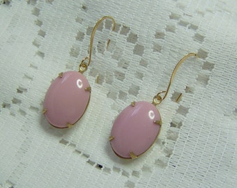 Pink Oval Moonstone gold plated earrings, vintage Pink Victorian Dangle Earrings, Pink Glass Opaque Moonstone, Pink cameo collection