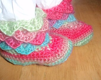 Baby Crocodile Stitch Booties - Hand Crochet