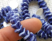 Blue and White Flower Glass Beads 60% off, qty 50