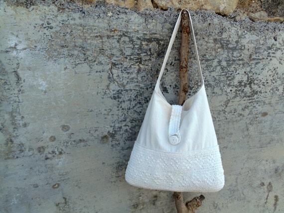 Prenotata borsa crema con fondo all 39 uncinetto borsa di for Schemi borse uncinetto