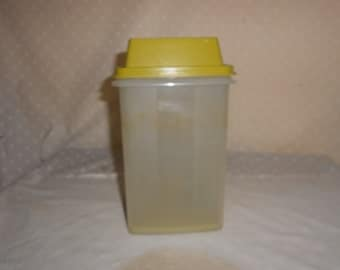 Tupperware Pickle keeper Pick-a-deli Large