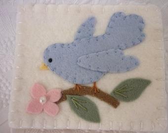 Felt Flower Needle Book Bird Pinkeep Needlebook Pincushion Pins Primitive Quilter Sewing