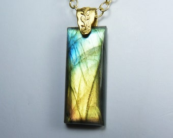 Labradorite Necklace, HUGE Super Flashy Labradorite Pendant with Bright Gold, Turquoise, Green, and Peach Flash, Luxurious Gold Chain