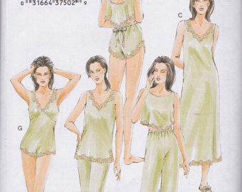 Vogue Pattern V7837 OOP Lingerie, Nightgown, and Slipper Pattern Misses'/Miss Petite Sizes Large, X-Large