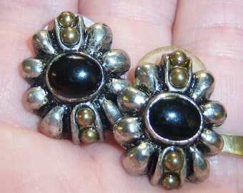 vintage tarnished silver tone with black center pierced earrings 14IN