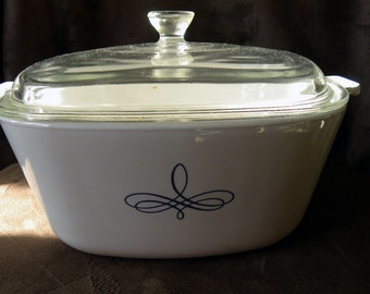 Corning Ware 1960's Black Trefoil 2-1/2 Quart Casserole Dish with Lid