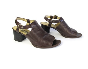 90s Chunky Sandals Brown Leather Chunky Heels Grunge Cut Out Minimal Buckle Heels Nine West Shoes Chocolate Brown Leather Sandals (Size 7.5)