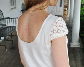 SALE Veronika- T-Shirt/ Open back top/ Lace sleeves/Ecru t-shirt/ Ivory cotton t-shirt/Boho chic/