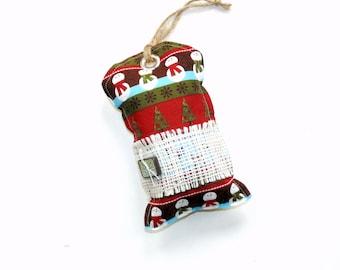 Holiday sachet, cedar balsam pine sachet, Christmas sachet ornament, snowmen Christmas trees, red green white, hanging sachet gift