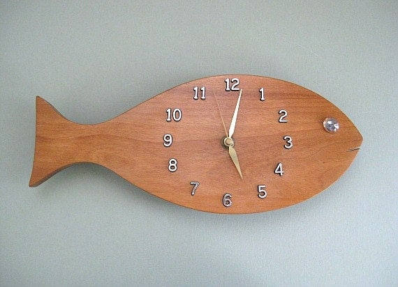 Wood fish decor wall clock decor solid wood clock wooden clock for Fish wall clock