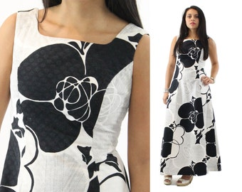 Vintage 70s Maxi Dress Black White Abstract Floral Maxi Dress Mod Op Art Dress Full Skirt Womens Fashion 1970s Medium M Sleeveless Dress