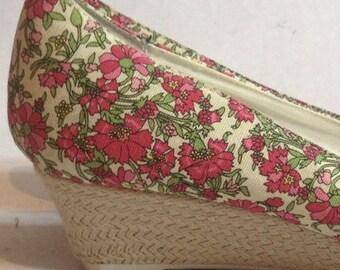Darling Vintage Floral Wedges- Size 10 US