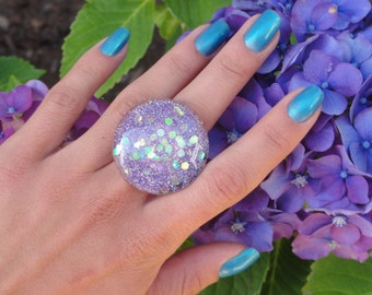 Lavender Iridescent Glitter Mermaid Bubble Ring, Lavender Glitter Resin Ring, Purple Glitter Mermaid Ring, Glitter Fusion Original Ring