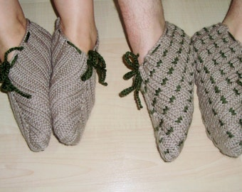Two Slippers for MAN & WOMAN SLIPPERS Socks, Hand knitted in beige and green wool winter autumn slippers.