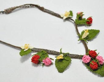 Wild Berries Crochet Necklace With  Burgundary and Pink Wild Berries, Berry Necklace,Crochet Necklace,Statement Necklace, Pink Necklace