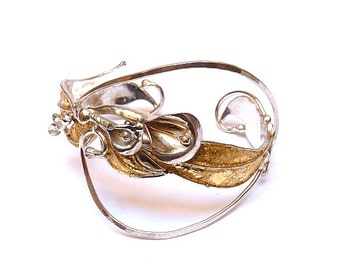 Medium 'Leaf & Lilies' silver bracelet with gold leaf