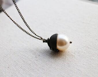 Acorn Necklace. Swarovski pearl. acorn cap in antique brass chain. gift for her. birthday's gift