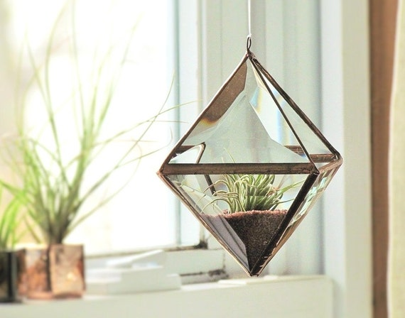 Geometric air plant holder stained glass hanging terrarium for Geometric air plant holder