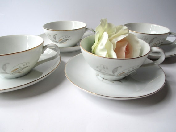 Vintage Kaysons Golden Rhapsody Teacup and Saucer Set of Four