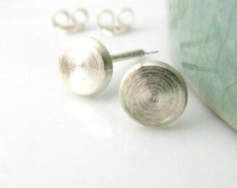 Men's stud earrings - men's earrings studs -Fake Plug Earrings  - Cheater Plugs - Faux Gauge Earrings - Flat Disc Studs - 6mm Medium 420 6MW
