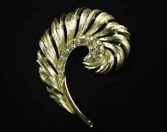 LISNER RHINESTONE BROOCH Pin - Vintage Brooch - Gold Tone Brooch - Vintage Rhinestone Pin - Lisner Brooch - Lisner Pin - Vintage Pin Feather