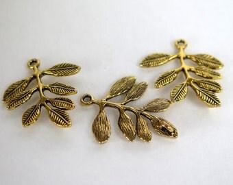 3PCS - Gold Toned - Leaf Charms - 31x26mm - C23