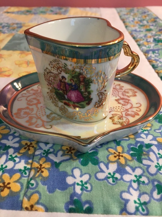 Vintage Heart Shaped Romance 2 Piece Tea Cup Set Pearlized And