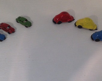 Dolls House Miniatures - 1/12th Hand painted metal car (assorted) x1