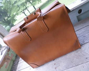 C H Ellis Top grain Cowhide Leather Salesman Samples Bag or Oversized Attache Case Luggage Suitcase 17.75 by 15 by 9.25 inches